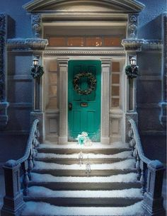 Love this green door!  exterior door | home remodel | entry way | curb appeal | snow | christmas