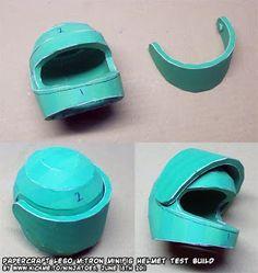 LEGO M:Tron minifig helmet test build Lego Star Trek, Helmet, Music, Diy, Musica, Musik, Hockey Helmet, Bricolage, Helmets