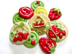 Fresh+Strawberries+set+of+10+by+TessaAnn+on+Etsy,+$17.00