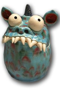 Claymonster Pottery makes awesome monster vessels. Ceramic Monsters, Clay Monsters, Clay Projects For Kids, Kids Clay, Sculptures Céramiques, Sculpture Clay, Pottery Sculpture, Clay Pinch Pots, Crea Fimo