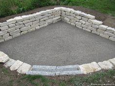 Garten - Trockenmauer - Naturstein - rock wall - Sitzplatz Jura Kalk Stein