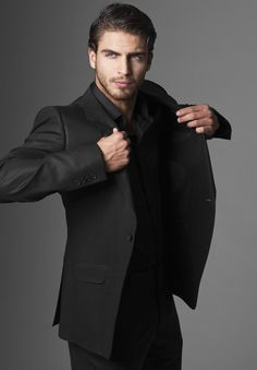 Maxi Iglesias....well, hello sir.  I don't believe we have met.....
