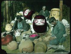 Daruma makers