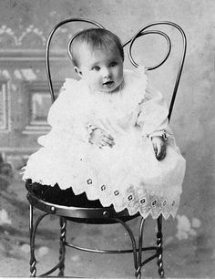 Love this 1900-1910 photo.  Antique ice cream parlor chair as a nostalgic photo prop. ♥