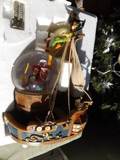 NEW Disney PETER PAN PIRATE SHIP Musical Snow globe YOU CAN FLY YOU CAN FLY NIB