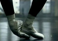Alessandra Ferri, retired ballerina from American Ballet Theatre and La Scala Theatre Ballet has also appeared in a music video with Sting. Ballerina Feet, Ballet Feet, Ballet Shoes, Dancing On My Own, American Ballet Theatre, Dance Company, Dance Photography, Belly Dance, Music Videos