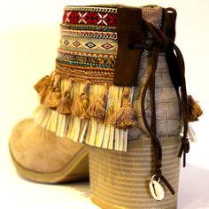 Con este #cubrebotas le sacarás el máximo partido a tu calzado. Convierte una botas, zapatos o sandalias aburridas en unas total fashion