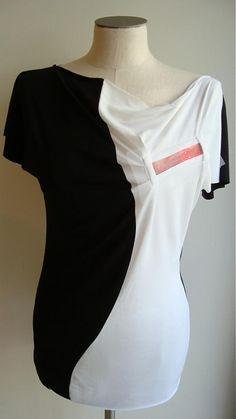 DanaKLEINERT / Tričko dámske s displayom, dve farby- EYE CATCHER