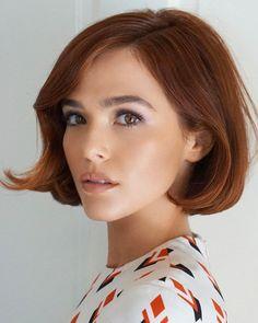 Beautiful New Pic from Stylist : ZoeyDeutch Hair Color Auburn, Auburn Hair, Pretty Hairstyles, Bob Hairstyles, Haircuts, Haircut And Color, Grunge Hair, Celebrity Hairstyles, Hair Day