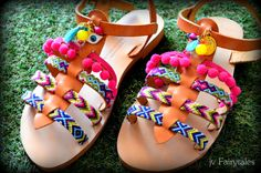 Boho Gladiator Sandals- Pom Pom Sandals by jvFairytales on Etsy Gladiator Sandals, Leather Sandals, Mirror Crafts, Pom Pom Sandals, Boho Outfits, Boho Chic, Boho Style, Diy Fashion, Crafts For Kids