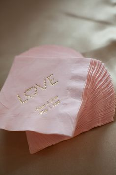 These napkins go perfectly with the pink and gold color pallet we discussed. Personalized Pink and Gold Napkins - I've seen it done for a bridal shower. A very nice touch! Pink Wedding Colors, Pink And Gold Wedding, Blush Pink Weddings, Wedding White, Wedding Flowers, Pink Und Gold, Blush And Gold, Chic Wedding, Our Wedding