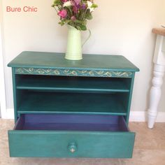 Unit with shelves and a drawer suitable for Tv, painted with Annie Sloan chalk paints. www,facebook.com/BureChic