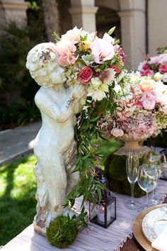 Marianne Lozano Photography, Butterfly Floral and Event Design via CeremonyBlog.com (8)