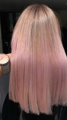 Blonde Hair With Pink Highlights, Brown And Pink Hair, Pink Blonde Hair, Pastel Pink Hair, Blonde With Pink, Hair Color Pink, Brown To Pink Ombre, Baby Pink Hair, Long Pink Hair