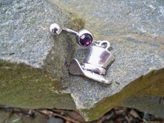 Mad Hatter belly button ring