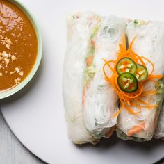 spicy summer rolls with peanut dipping sauce. Besides spring rolls being pretty healthy, they are sooo yummy! Peanut Dipping Sauces, Peanut Sauce, Peanut Butter, Vegetarian Recipes, Cooking Recipes, Healthy Recipes, Healthy Foods, Yummy Recipes, Grilling Recipes