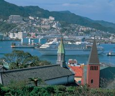 Nagasaki Port Glover Garden w cruise ship