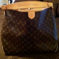 This is my favorite bag. It's functional practical and absolutely beautiful! This is my favorite bag. It's functional practical and absolutely beautiful! Louis Vuitton Handbags, Purses And Handbags, Chanel Handbags, Louis Vuitton Delightful Mm, Beautiful Handbags, Luxury Bags, Luxury Handbags, Fashion Bags, Runway Fashion