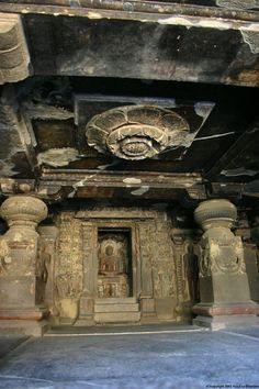 Ellora-caves.-Cave-32.-the-32nd-cave-is-a-shrine-with-very-fine-carvings-of-lotus-flower-on-the-ceiling1.jpg.