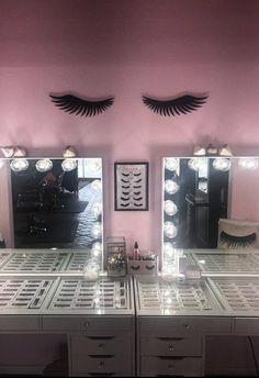 Eyelash Sign//Make Up Room Decor//Make Up Artist Christmas Gift//Little Girls Room Sign//Salon Decor//Make Up Decor//Shabby Chic Decor - Makeup Room İdeas Esthetician Room, Lash Room, Vanity Room, Makeup Rooms, Room Signs, Salon Design, Little Girl Rooms, Dream Rooms, Shabby Chic Decor