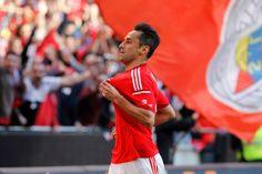 .@Jonas_Gol foi o melhor jogador da Liga NOS 2014/15! #CarregaBenfica