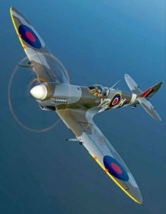 Vintage Aircraft – The Major Attractions Of Air Festivals - Popular Vintage Ww2 Fighter Planes, Air Fighter, Ww2 Planes, Fighter Aircraft, Fighter Jets, Ww2 Aircraft, Military Aircraft, Aircraft Carrier, Spitfire Airplane