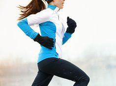 The latest tips and news on Workout Music are on POPSUGAR Fitness. On POPSUGAR Fitness you will find everything you need on fitness, health and Workout Music. How To Start Running, Running Tips, Running Women, Running Playlists, Running Music, Running Photos, Running Routine, Woman Running, Trail Running