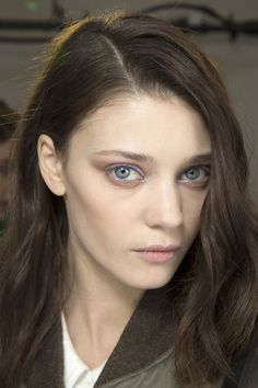 i love the lilac eyeshadow and simple hair from Chloe aw14 #TopshopPromQueen