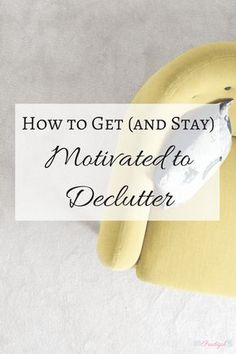 Decluttering doesnt have to be an overwhelming task. There are a few simple ways you can get, and stay, motivated to declutter. Use these tips to keep your momentum and motivation to declutter going and achieve your decluttering goals. Click through to t Minimal Living, Simple Living, Planners, Kitchen Ikea, Declutter Your Life, D House, Change Your Life, Cool Ideas, Organizing Your Home