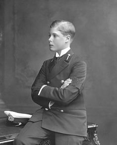 The Prince of Wales (late King Edward VIII/Duke of Windsor). Still cant believe he abdicated for Walles Simpson????