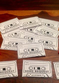 DJ Song Request Slips Retro Wedding. por VintageBuntingShop en Etsy