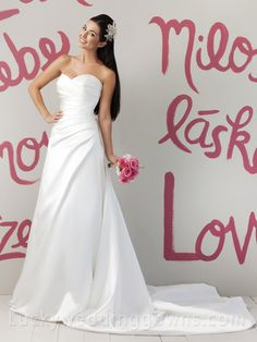Sweetheart+A-line+Satin+Summer+Wedding+Dress+with+Asymmetrical+Pleated