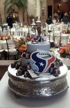 houston texans cakes images - Google Search Houston Texans Cake, Houston Texans Football, Football Themed Cakes, Wedding Images, Wedding Ideas, Tall Wedding Cakes, Groom Cake, Cake Images, Floral Cake