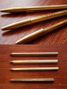 TETZBO pencil-style metalic ball-point pen with cap by Kakimori