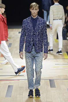 Dior apresenta nova coleção com inspiração náutica e listras - GQ   Desfiles