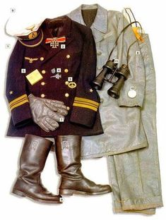 German Uniforms of WWII plus a reference guide for Vallejo Paints - Panzer Models Ww2 Uniforms, German Uniforms, Military Uniforms, German Soldiers Ww2, German Army, Luftwaffe, Battle Dress, German Submarines, Special Forces