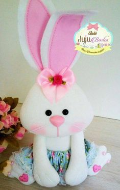 1 million+ Stunning Free Images to Use Anywhere Diy Crafts For Gifts, Crafts To Make And Sell, Felt Crafts, Doll Face Paint, Diy Ostern, Felt Patterns, Sewing Toys, Felt Toys, Easter Crafts