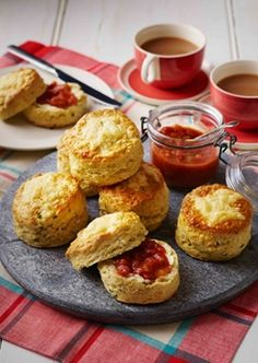 Scones and jam styled by Angela Boggiano Scones And Jam, Interior Stylist, Food Styling, Biscuits, Baking, Breakfast, Ethnic Recipes, Model, Crack Crackers