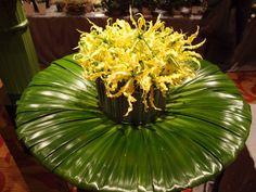Flower arrangement of Japanese flowers by Gary Kwok in Hongkong   Bloom Japan Network on Facebook