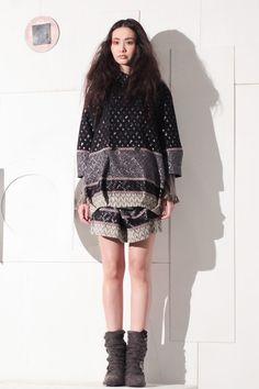 [No.8/9] HISUI 2013~14秋冬コレクション | Fashionsnap.com
