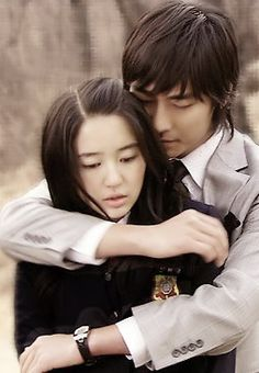 Joo Ji Hoon dan Yoon Eun Hye (Princess Hours) Princess Hours, My Princess, Lee Sung Kyung Fashion, Blue And White Jeans, Yoon Eun Hye, Goong, Coffee Prince, Japanese Drama, My Fair Lady