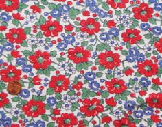 VINTAGE FEEDSACK FABRIC ~ Beautiful Red Blue Flowers Berries Cotton Flour Sack