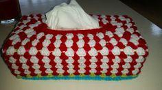 Crochet tissuebox, gehaakte zakdoeken doos,  April 2015