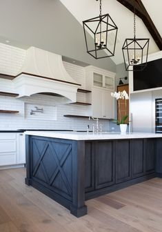 32 Interesting Rustic Modern Farmhouse Kitchen Decor Ideas And Remodel. If you are looking for Rustic Modern Farmhouse Kitchen Decor Ideas And Remodel, You come to the right place. Farmhouse Kitchen Island, Modern Farmhouse Kitchens, Rustic Kitchen, Home Kitchens, Farmhouse Style, Kitchen Cupboard, Farmhouse Decor, Kitchen Modern, Kitchen Cabinets