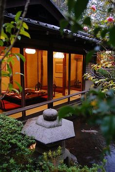 Architecture initiatives in Japan, inclusive of Japanese people buildings, community historial structures and places of work. Japanese Tea House, Traditional Japanese House, Japanese Gardens, Tea House Japan, Japanese Interior, Japanese Design, Japanese Style, Japan Architecture, Pavilion Architecture