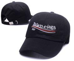 Balenciaga Store, Vintage Golf, Animal Print Outfits, Classic Man, Dad Hats, Knit Beanie, Baseball Cap, Snapback Cap, Women