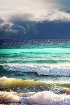 Море-радуга