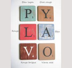 Lettres en bois déco bleu 15 cm