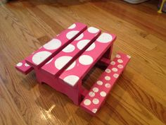 Thrift Store Doll Table turned Cute American Girl Picnic Table #paintedfurniture #dollfurniture #thriftstore #diy www.twoityourself.com