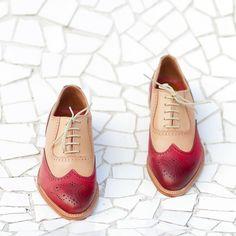 SORTEOAtención todos mis seguidores Te gustan mis nuevos #zapatos de Lottusse ? Son  Pues participa en este #Concurso y consigue unos zapatos #Lottusse #MadeToOrder completamente personalizados por ti y una baldosa de @huguetmallorca (valorados en 450 euros)  Participar es muy fácil  1) Publica en tu perfil público de Instagram una foto de tus zapatos (sirven cualquiera) sobre un suelo bonito y usa el hashtag #LottusseSelfeet  2) Sigue a @Lottusse1877  Recuerda que puedes subir todas las…